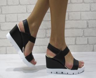 Дамски сандали на платформа еко кожа черни FEBA-24382