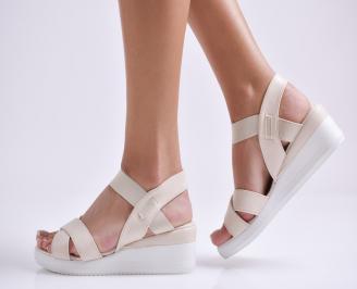 Дамски сандали на платформа еко кожа бежови FRRR-24396