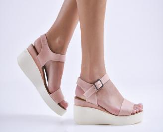 Дамски сандали на платформа еко кожа пудра IQRF-24398