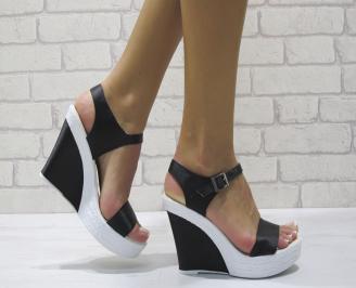 Дамски сандали на платформа сатен черни VTNQ-24399