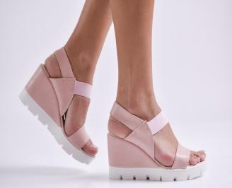 Дамски сандали на платформа еко кожа пудра DDNB-24401