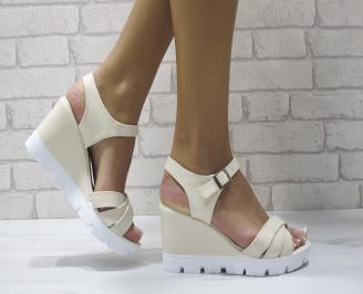 Дамски сандали на платформа еко кожа бежови OPLQ-24422