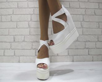 Дамски сандали на платформа еко кожа бели BALK-24456