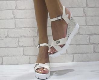 Дамски сандали на платформа естествена кожа бежови KGUK-24483