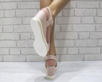 Дамски сандали на платформа естествена кожа пудра TZBN-24489