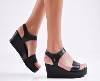 Дамски сандали на платформа естествена кожа черни CCVL-27269
