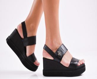 Дамски сандали на платформа естествена кожа черни KMCG-27270