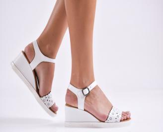 Дамски сандали на платформа естествена кожа бели TVNB-27278