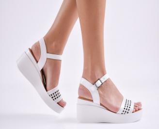 Дамски сандали на платформа естествена кожа бели SJES-27408