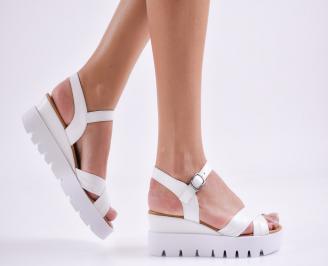 Дамски сандали на платформа естествена кожа бели BHDL-27415