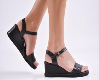Дамски сандали на платформа естествена кожа черни WRTR-27422