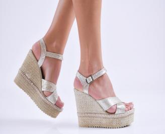 Дамски  сандали на платформа  еко кожа сребристи CJXE-27534