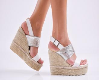 Дамски  сандали на платформа  еко кожа бели SKGR-27538