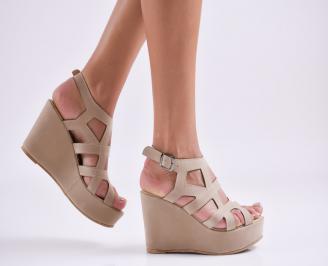 Дамски  сандали на платформа  набук бежови YGPF-27561