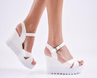 Дамски  сандали на платформа  еко кожа бели GDRE-27591