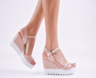 Дамски  сандали на платформа  еко кожа пудра UMLT-27595
