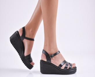 Дамски  сандали на платформа  естествена кожа черни VKNI-27624