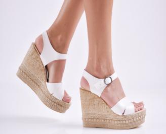 Дамски  сандали на платформа  еко кожа бели KMWF-27681