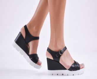 Дамски  сандали на платформа  еко кожа черни JBQG-27738
