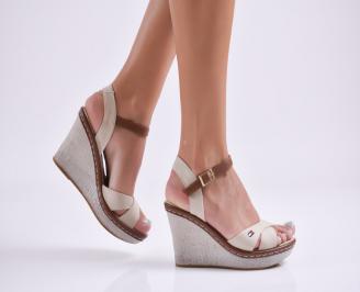 Дамски сандали на платформа текстил  бежови EJQL-27752