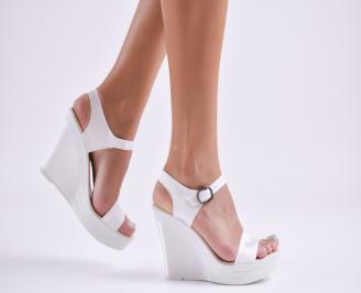 Дамски  сандали на платформа  еко кожа бели YUTZ-27762