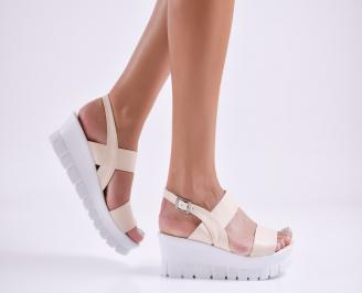 Дамски сандали на платформа еко кожа  бежови GHVO-27763