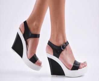 Дамски сандали на платформа сатен черни WQSO-27785