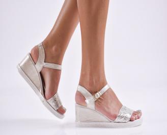Дамски  сандали на платформа  естествена кожа златисти CNKC-27858