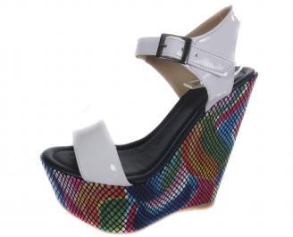 Дамски сандали на платформа еко кожа/лак бели VZCJ-19596