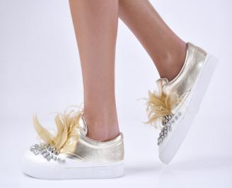 Дамски спортни обувки еко кожа златисти RCSX-26441