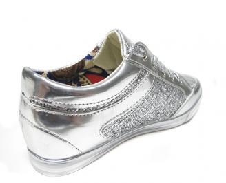 Дамски спортни обувки еко кожа/лак сребристи CIQQ-13547