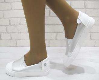 Дамски спортни обувки  сребристи еко кожа VDSF-23060