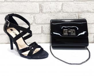 Комплект дамски обувки  и чанта еко лак черни UFDN-26761