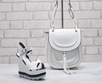 Комплект дамски сандали и чанта еко кожа/ лак бели JTOC-24800