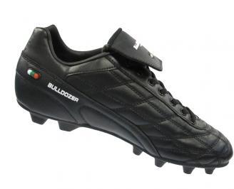 Мъжки футболни обувки Bulldozer от еко кожа черни TYSF-10886