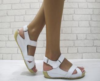 Равни дамски сандали естествена кожа бели CHVO-24214