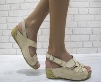 Равни дамски сандали естествена кожа бежови YSHV-24266